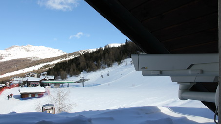 AXIS camera installed on the rooftop of Hotel Paré in Livigno